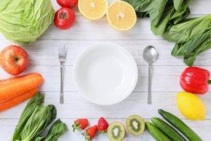 皿と野菜の写真