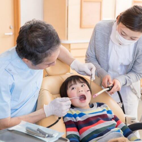 歯医者に来た幼児