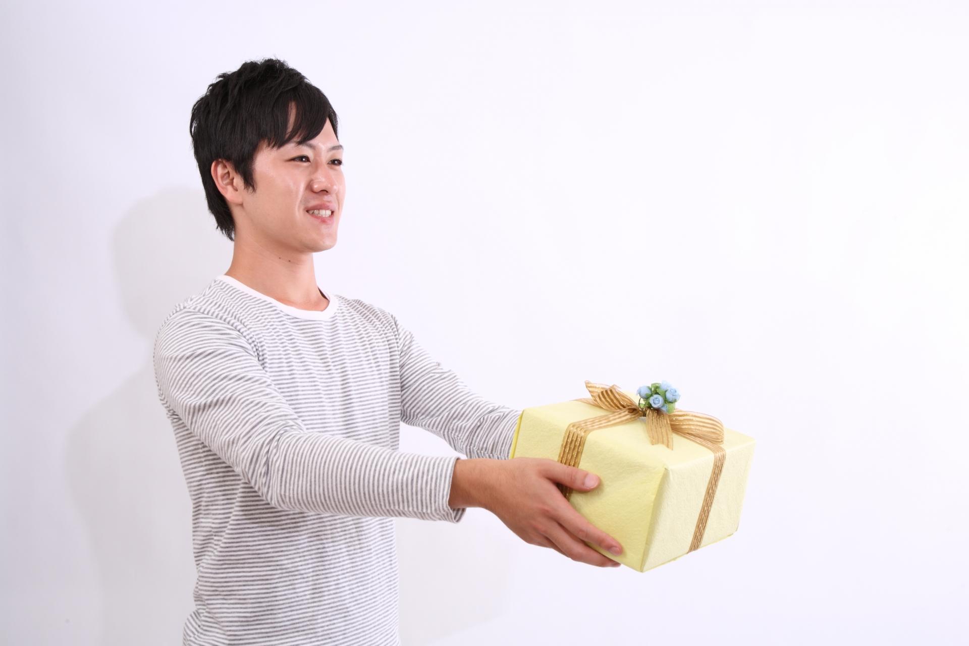 男性から女性へのプレゼント