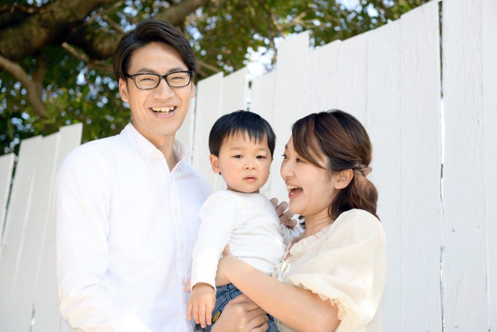 仲の良い家族の写真